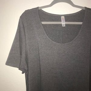 Gray Perfect Tee BNWT 2X LuLaRoe (Grey)